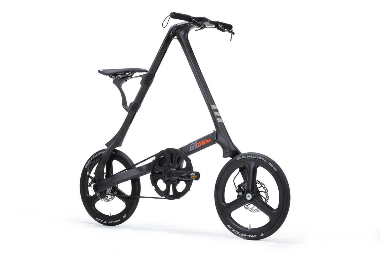 STRIDA C1 Black Carbon - 18 Zoll - c1 - Design Fahrrad - Design Faltrad - dreieckig - dreieckiges - Dreieckiges Faltrad - Eingang - einzigartiges Faltrad - Fahrrad - Faltbares Fahrrad - Faltbares Fahrrad kaufen - Faltbares Fahrräder kaufen - Faltrad - Faltrad-Shop - Falträder - Falträder kaufen - Geschäft - Kaufen - Klapprad - Klapprad kaufen - Kohlenstoff Carbon - Kohlenstoff Carbon Räder - Kohlenstoff Carbon Rahmen - Leicht - neu - strida - Strida design Faltrad - super leicht - zu verkaufen - zusammenklappbares Fahrrad